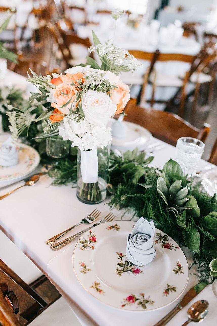Wedding Planner - Paper Chandelier