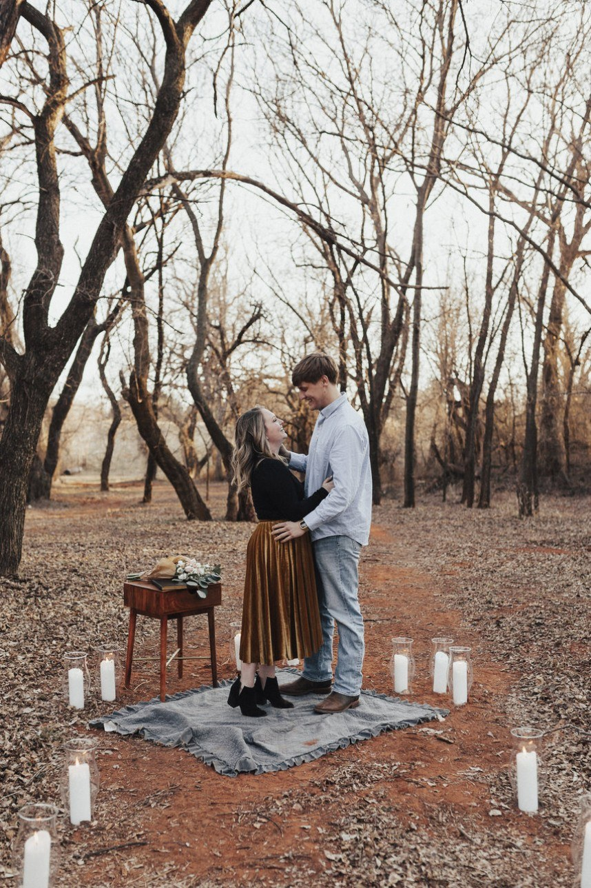 Jillian Collins Romantic Autumn Engagement Oklahoma Wedding Venue The Baumberhof Oklahoma Wedding Photographer Kayley Haulmark Photography 01
