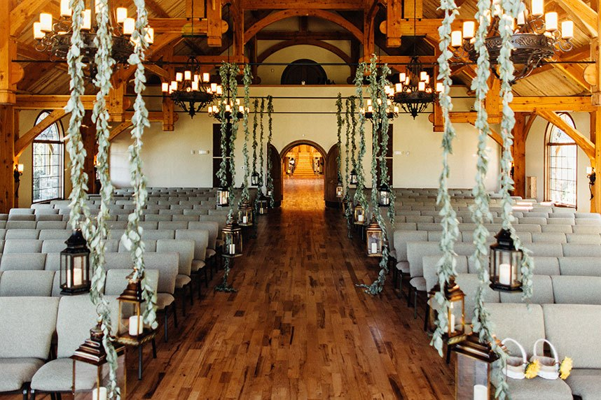 9 Oklahoma Wedding Venues to Have a Perfect Rustic Ceremony