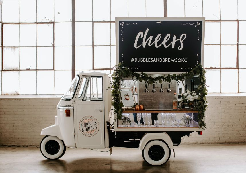 mobile wedding vendor