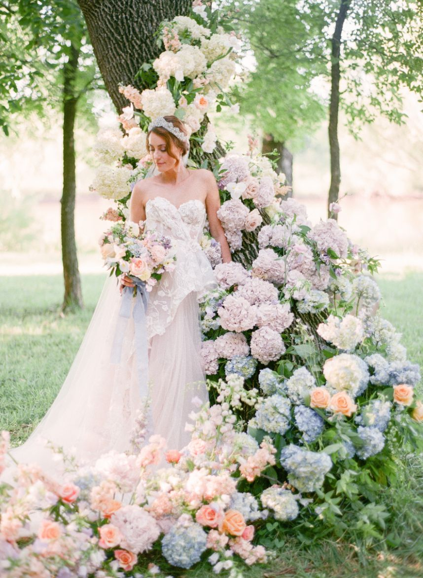 Delicate Fete Parisian Wedding Inspiration Oklahoma Wedding Planner Fete Oklahoma Wedding Photographer Amanda Watson Photography_087