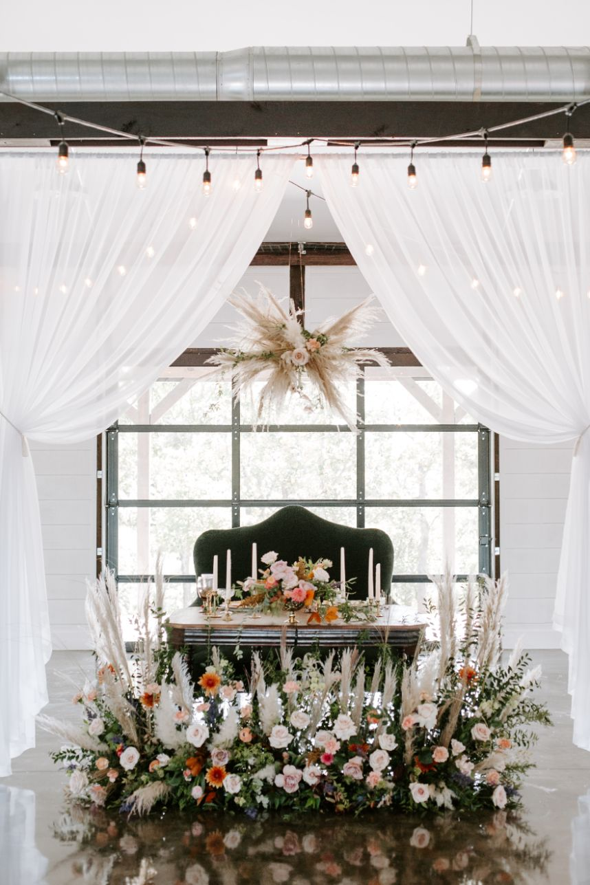 Organic Elegance Wedding Inspiration Oklahoma Wedding Venue Dream Point Ranch Oklahoma Wedding Photographer Kayley Haulmark Photography_31