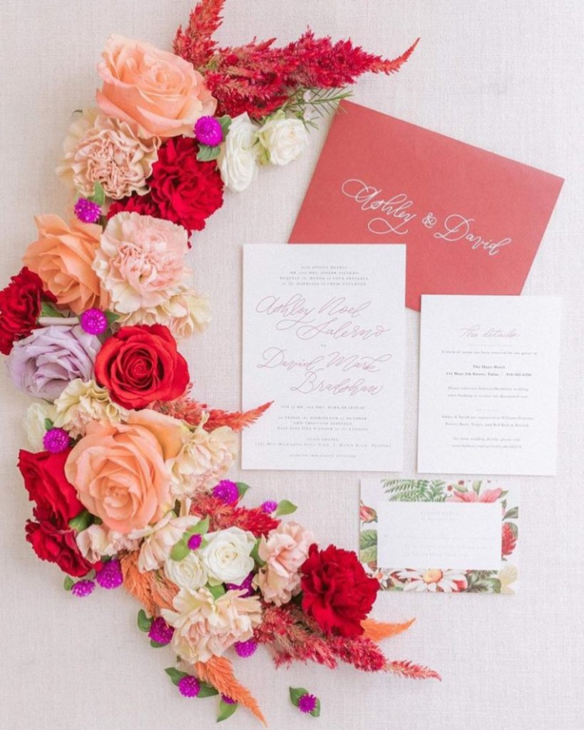 Happy May bridal babes! We are starting the month off gawking at this gorgeous invitation suite from our friends at