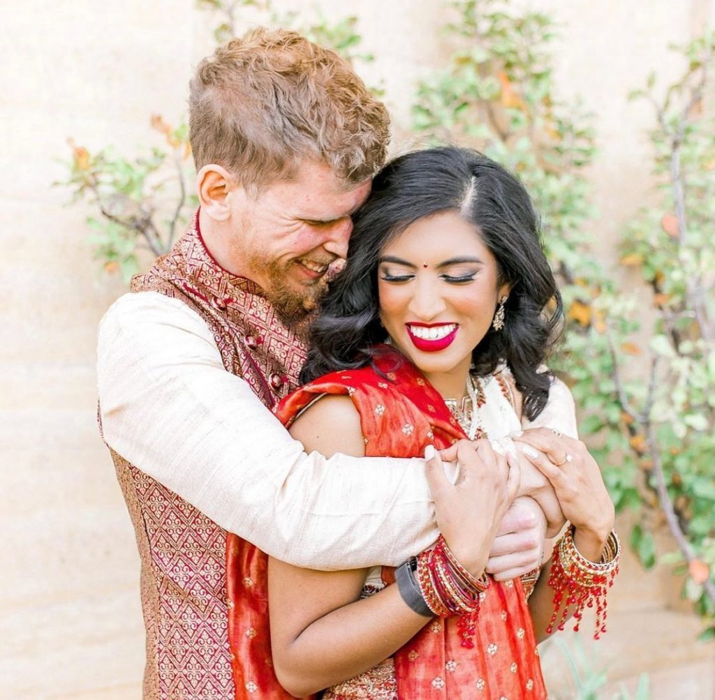 All smitten smiles here for Prashanthi and Stephen's Tulsa engagement session with one of our favs, meg.rose.photography! More of these