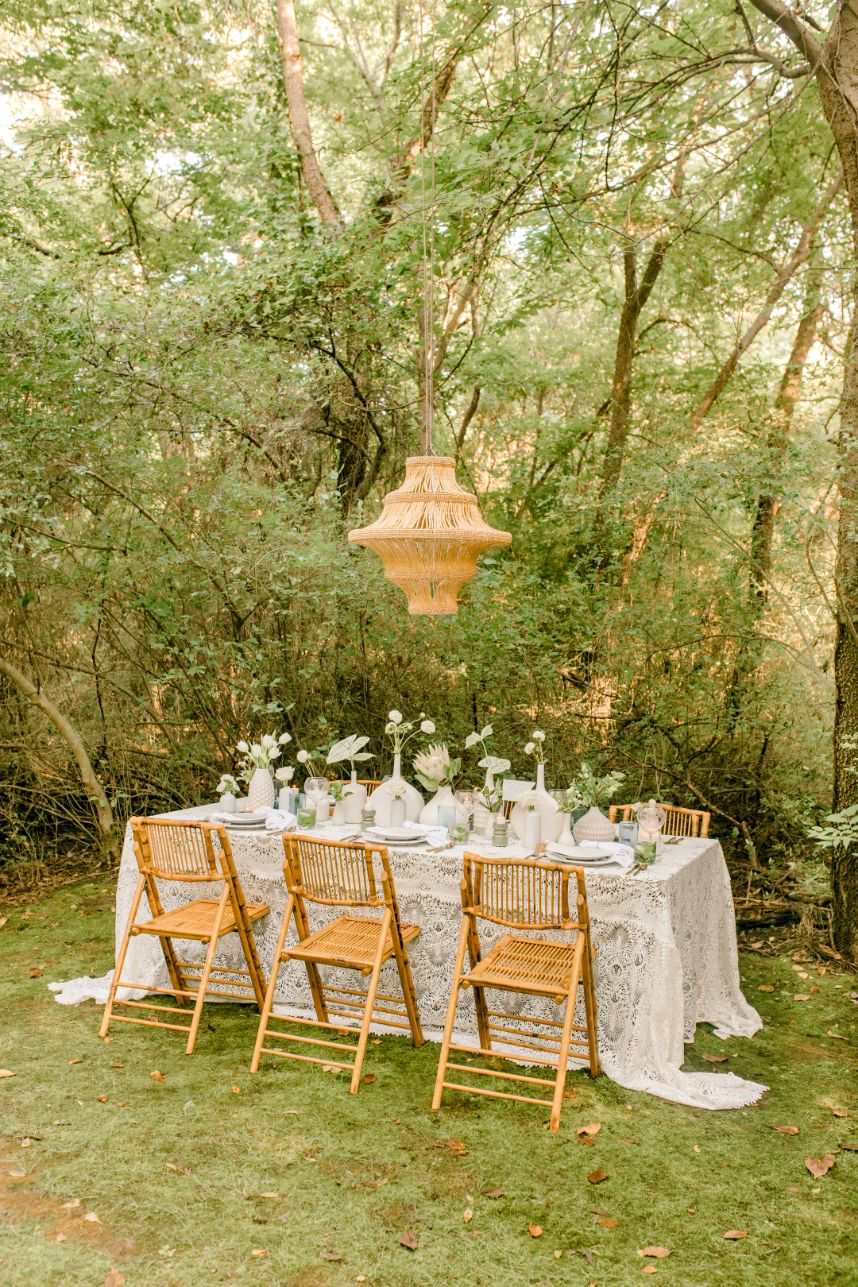 Earthy Aesthetic Intimate Wedding Inspiration Oklahoma Wedding Planner Annie Brady Design Oklahoma Wedding Photographer Meg Rose Photography_05