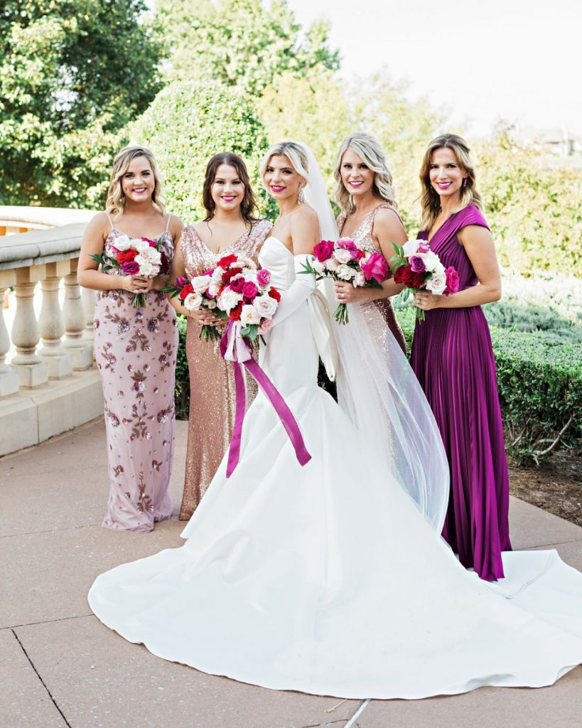 Check out today's blog on bridesmaids & body positivity! Pro tip - letting your leading ladies pick their own BM