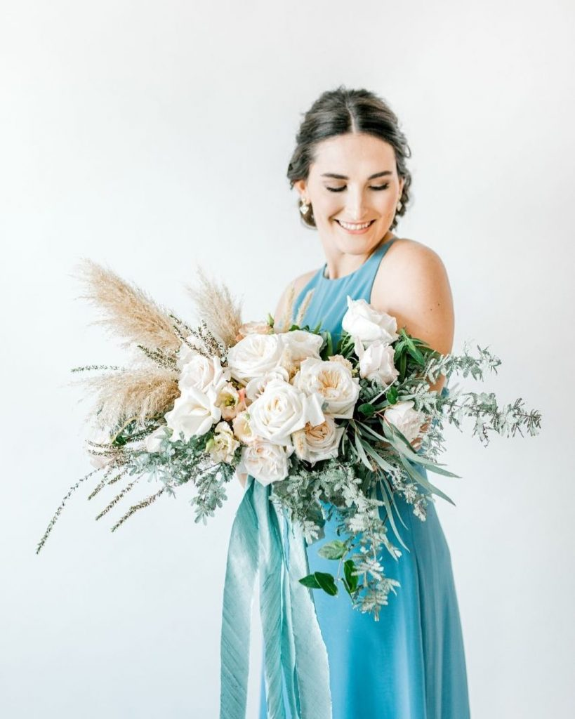 Happy Earth Day! ? We are 100% on board with the green wedding trend – and no, we're not talking