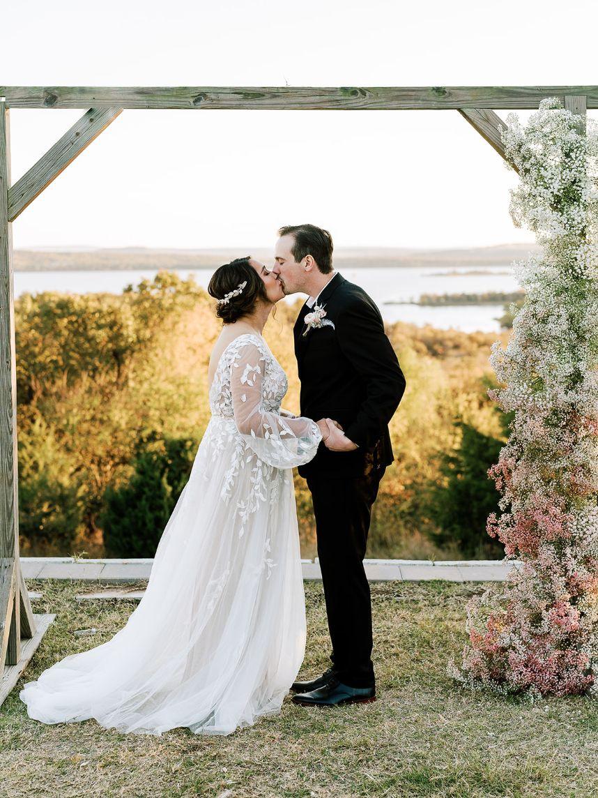 Elegant Woodland Wedding Inspiration Oklahoma Wedding Photographer Danielle Villemarette Co. Oklahoma Wedding Dress Bridal Gown The Bridal Boutique Oklahoma_80