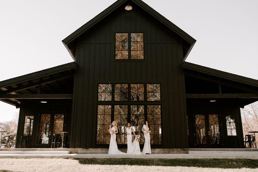 Romantic Couture Wedding Inspiration Oklahoma Wedding Bella Rose Bridal Tulsa Oklahoma Wedding Videographer Transform Visuals_976