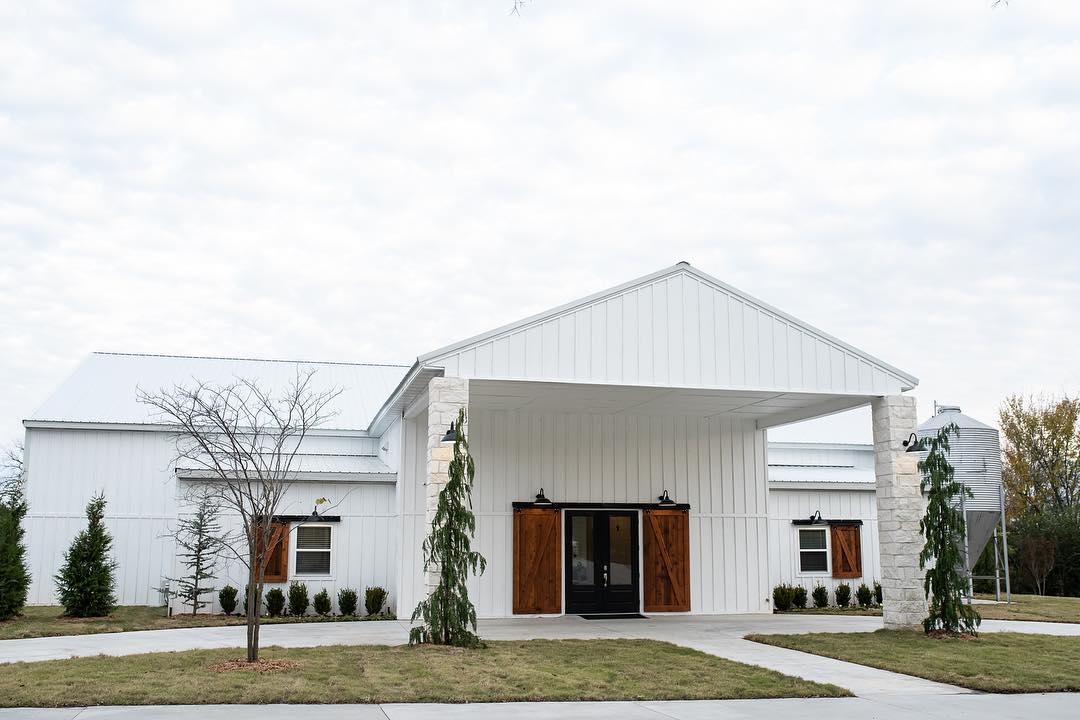 eight ten ranch wedding venue