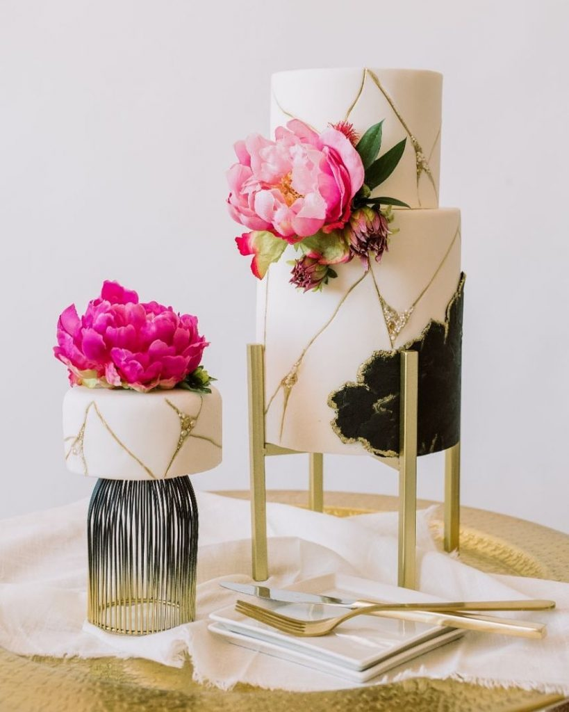 Signature Italian creme cake filled with delectable cream cheese and raspberry, PLUS a rich chocolate fudge cake filled with decadent