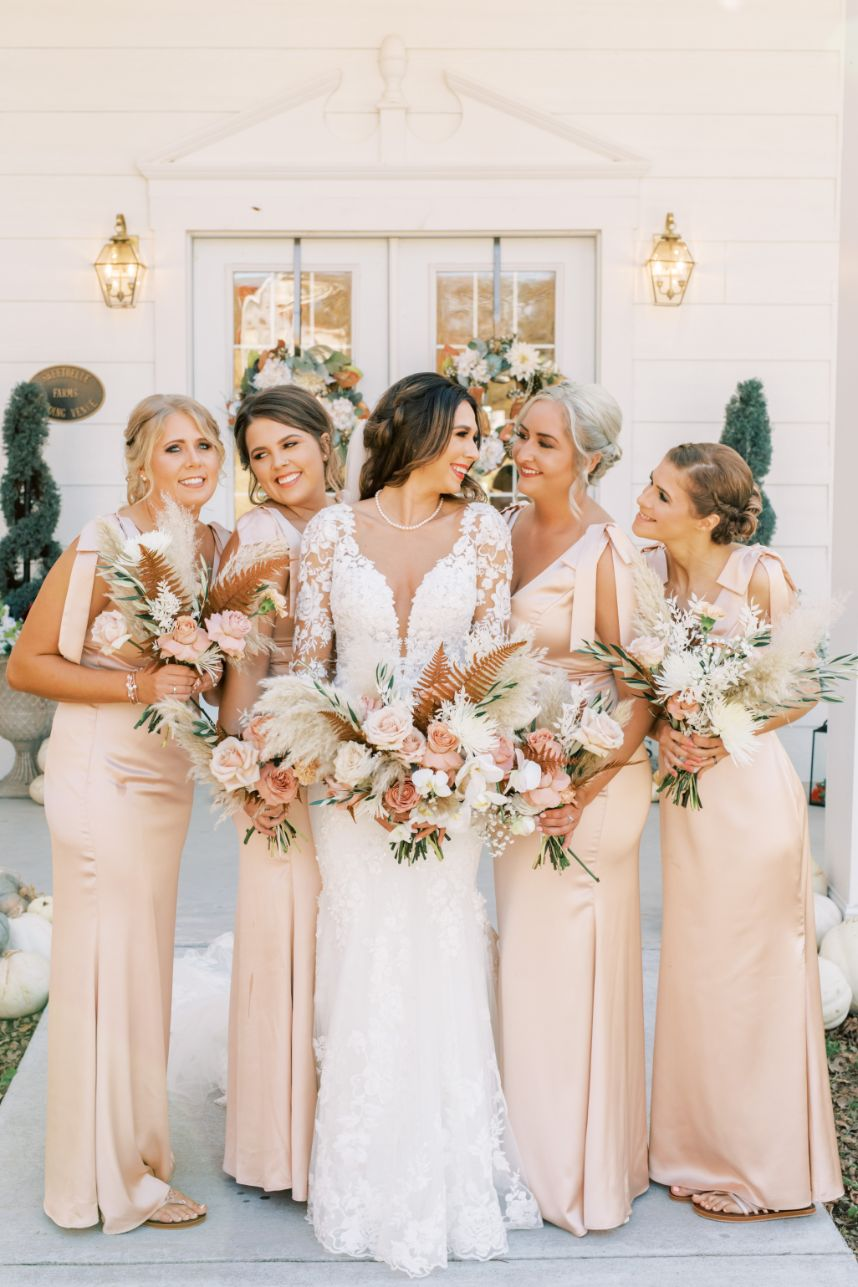 Chic earth tone bridal party